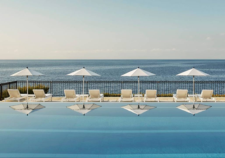 Click to enlarge image grand-hotel-du-cap-ferrat-elu-meilleur-resort-france-2.jpg